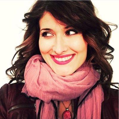 Amy Guth podcast host photo